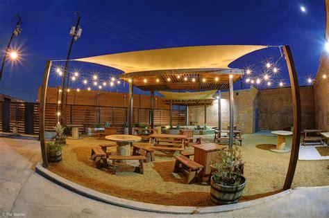 backyard beer debc beer garden night deep ellum brewing co