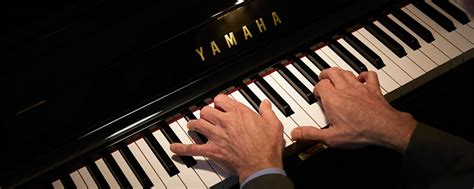 Keyboard Yamaha Resmi upright pianos yamaha canada