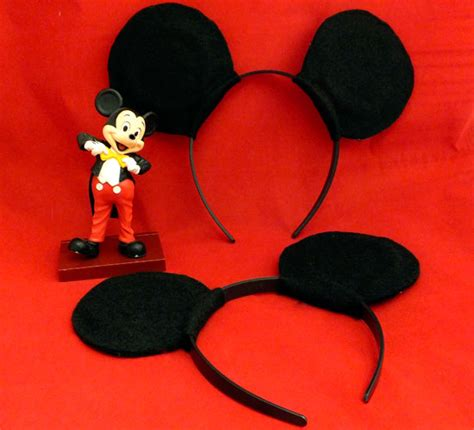 How To Make Mickey Mouse Ears With Construction Paper - diy mickey minnie mouse ears two crafting