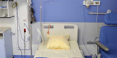 dix jours dans un 9782364680913 plong 233 dans le coma pendant dix jours il livre un t 233 moignage troublant