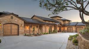 hill country house designs hill country fusion home hwbdo69110 prairie style from builderhouseplans com