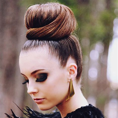 pics of black pretty big hair buns with added hair les chignons tendance cet hiver trend zone