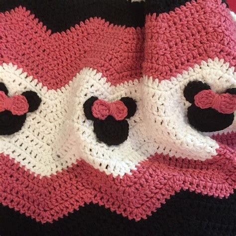 crochet craft projects audra hooknowl crochet minnie mouse blanket blanket