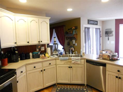 white cabinets with brown glaze antique white cabinets with brown glaze after 02 vintage