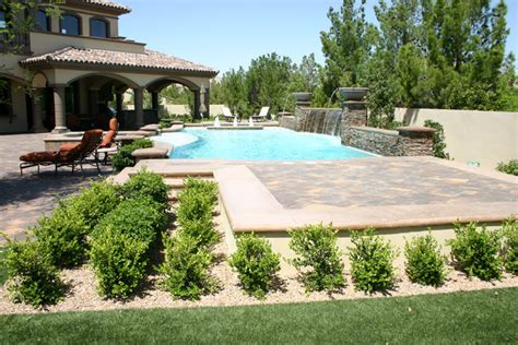 las vegas landscape photos reveal lawns gardens pools