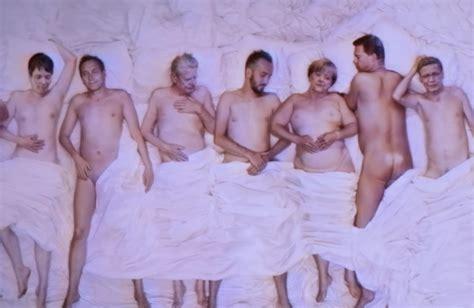 nackte im bett die neo magazin royal sommerpause ist vorbei meedia