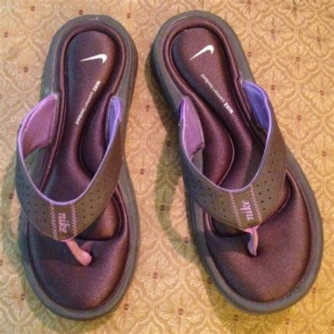nike comfort footbed flip flops 80 off nike shoes nike comfort footbed flip flops