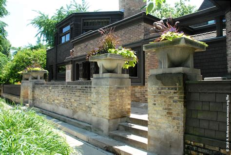 Frank Lloyd Wright Planter by Frank Lloyd Wright Prairie School Architecture In Oak Park Illinois Photo Gallery By Rick