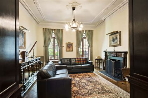 Marilyn Living Room by Marilyn Monroe S New York Apartment On The Market For 7