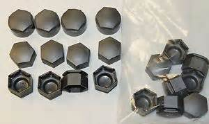 Vauxhall Insignia Wheel Nut Covers Genuine Vauxhall Opel Insignia Wheel Nut Covers Caps In