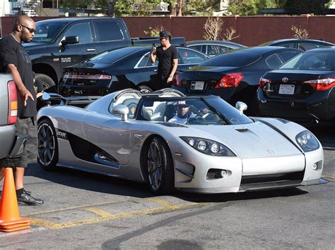 mayweather car collection how floyd mayweather makes and spends millions business