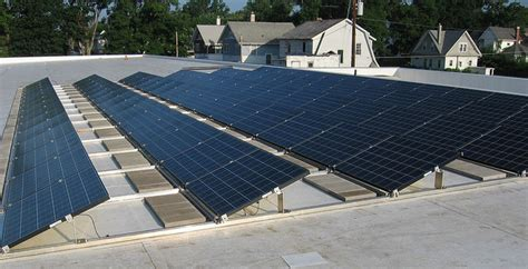 Can You Put Solar Panels On A Flat Roof Understand Solar