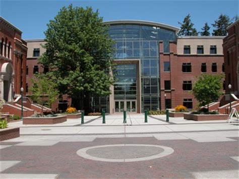 Deadline Oregon State Mba by Of Oregon Merit And Need Based Scholarships