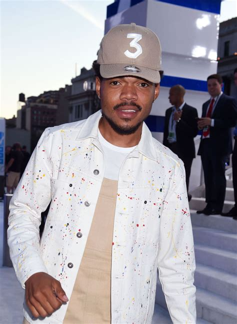 chance the rapper hairstyle whitney chicago looks a chicago street style