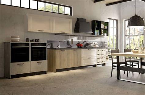 Cucina E Legno Chiaro by Cucina Legno Poirino Cucine Legno Moderne Poirino Cucine