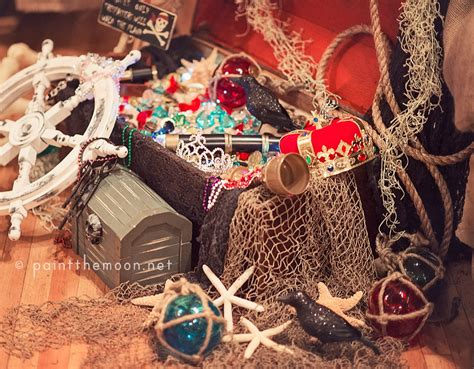 Treasure Chest Decorations by Pirate Photo Session And Birthday