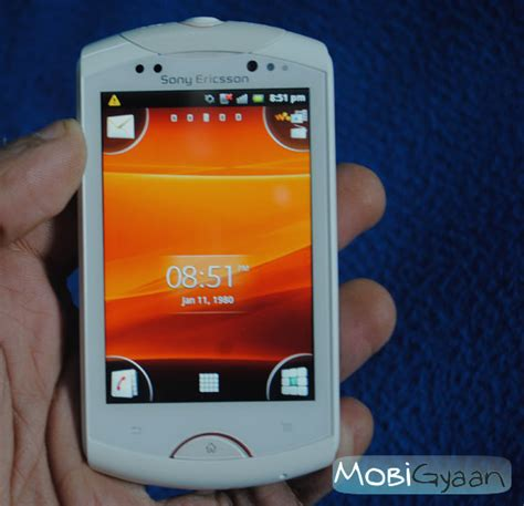 Hp Android Sony Ericsson Live With Walkman reviving the walkman with android sony ericsson live with walkman review