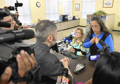 Ct Marriage Records Kentucky Clerk Can T Be Allowed To Dig In Heels Chicago