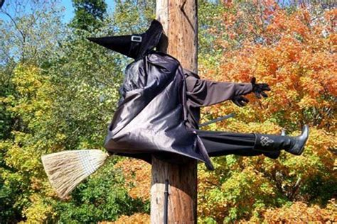 12 last minute super scary diy outdoor halloween decorations best home design ideas