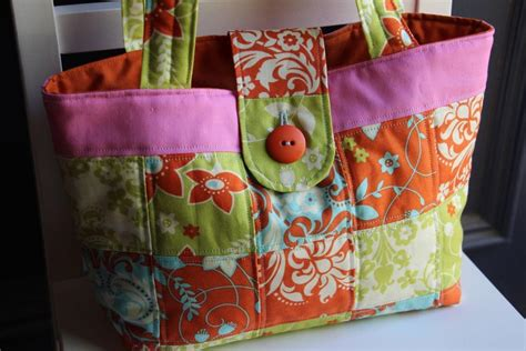 Patchwork Projects Free - you to see patchwork citrus tote bag by lesley stein