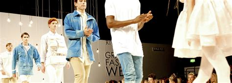 fashion design uk universities ranking manchester metropolitan university m40 which