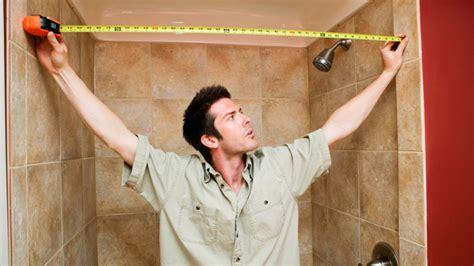 sehr kleines badezimmer umgestalten ideen badezimmer ideen f 252 r kleine r 228 ume so wirkt das bad gr 246 223 er
