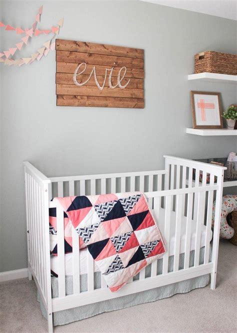tableau chambre d enfant diy pour la chambre d enfant tableaux en fils tendus
