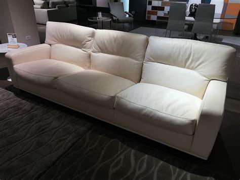 divani frau scontati poltrona frau divano salome scontato 30 divani a