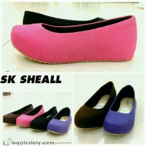 Flat Shoes Keong Hitam Flatshoes Flower sepatu wedges flat shoes boots heels beautystoreochie laman 14