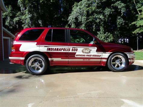 how cars run 2002 oldsmobile bravada transmission control purchase used 2002 oldsmobile bravada indianapolis 500 pace vehicle track car 2 for 2001 indy