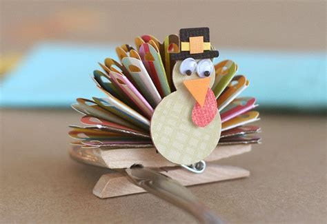 Handmade Turkey Crafts - zuzu handmade last minute thanksgiving crafts for