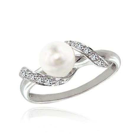 10 Signs Its A Bad Engagement Ring by Beautiful Pearl Engagement Rings Bad Luck