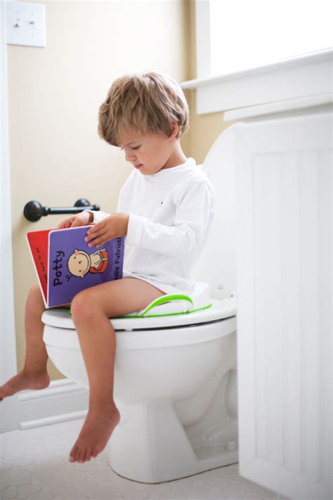 how to toilet a at at what age to start potty