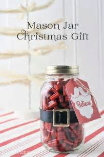 22 quick and cheap mason jar crafts filled with holiday spirit amazing diy interior amp home design