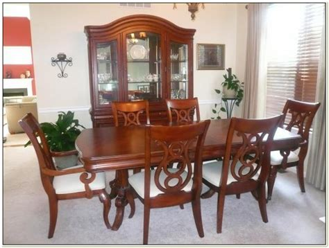 raymour and flanigan vintage dining set raymour and flanigan dining set chairs home decorating