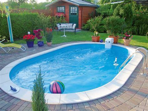 pool bauhaus den pool individuell gestalten mit bauhaus sommer