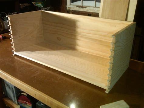 dovetailed toy chest  ljsmoke  lumberjockscom