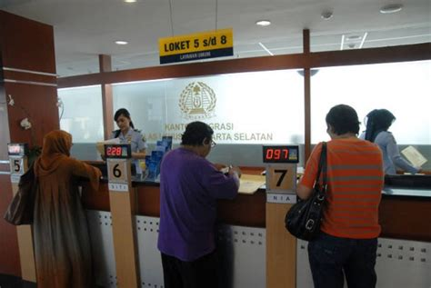pembuatan paspor baru di jakarta barat perpanjang paspor cukup dengan ktp dan paspor lama
