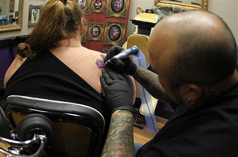 tattoo parlor waco from ashes to tats the baylor lariat