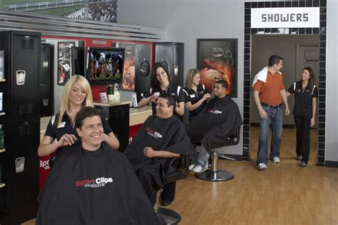 Haircuts On Grand Ave | sport clips haircuts grand rapids shops at plaza 11張相片