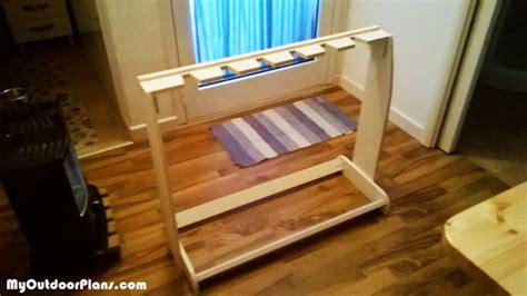 diy wooden guitar stand myoutdoorplans