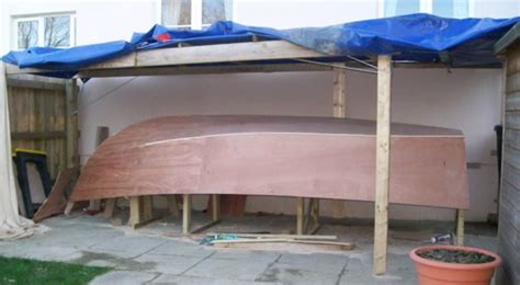 build plywood fishing boat this aging pontoon boat got a fabulous diy upgrade