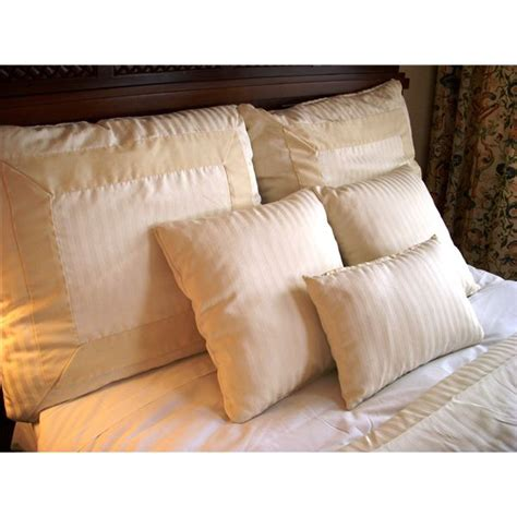 cleaning down comforters easy chemical free way to clean a down comforter at home