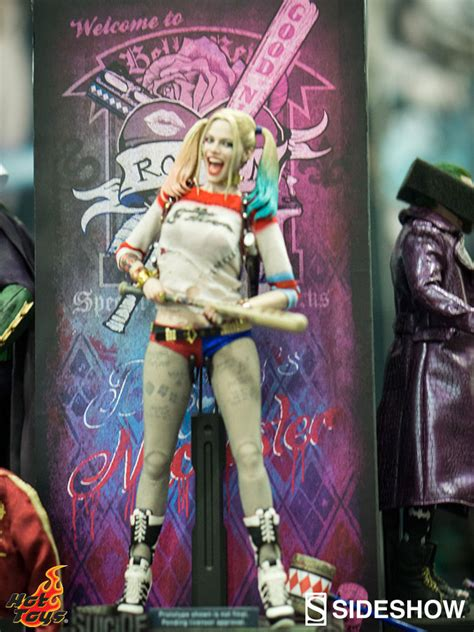hot toys harley quinn a closer look at hot toys suicide squad sixth scale