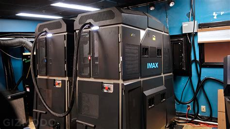 Proyektor Imax drhart imax 4k laser projection