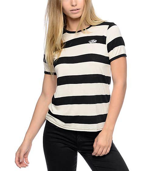 Jaket Vans The Wall Black List White Sweater Hoodie vans the wall patch black and white rugby stripe t shirt