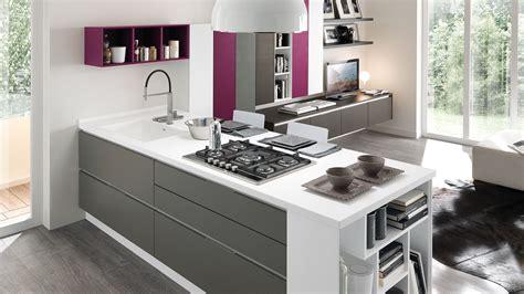 moderne arredamenti essenza cucine moderne cucine lube