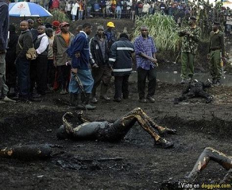 imagenes fuertes de niños muertos m 225 s de 100 muertos en kenia por la explosi 243 n de dep 243 sito