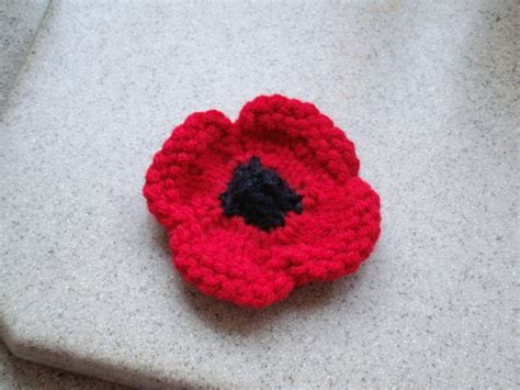 knitting pattern remembrance poppy r anne dom remembrance day poppy to knit
