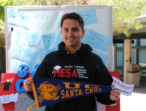 Ucsc Financial Aid Office Hours by Talented Gavilan Students Commit During College S Second